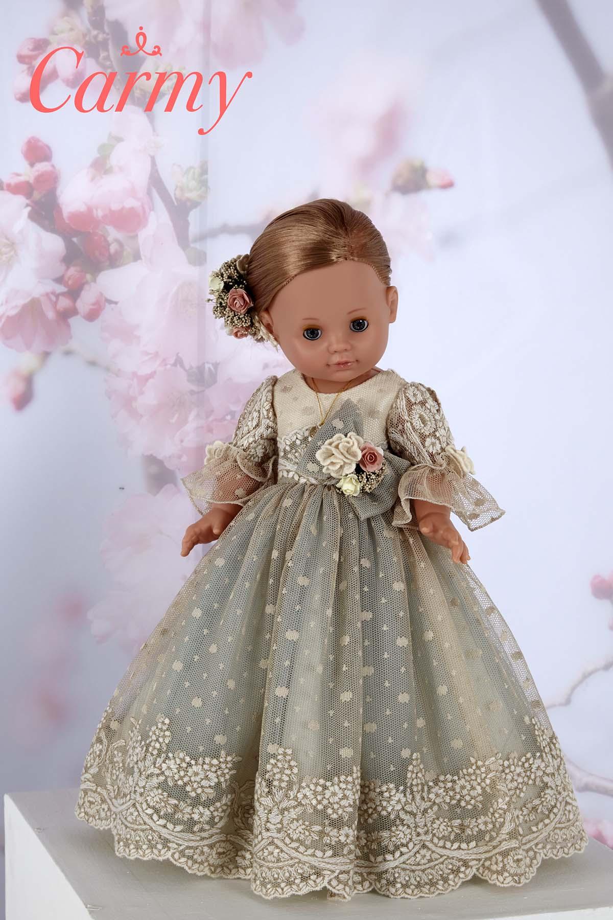 muñeca carmy